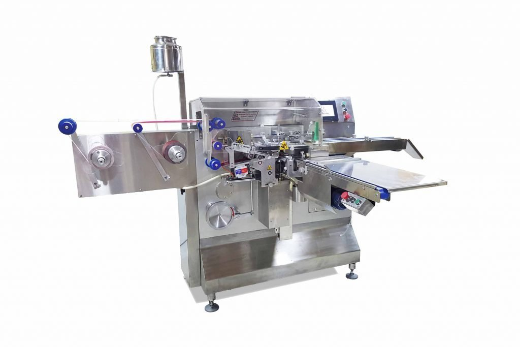 chocolate wrapping and banding machine